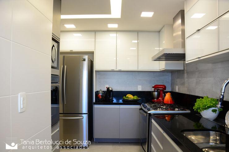 Cozinha Tania Bertolucci de Souza | Arquitetos Associados Cozinhas modernas