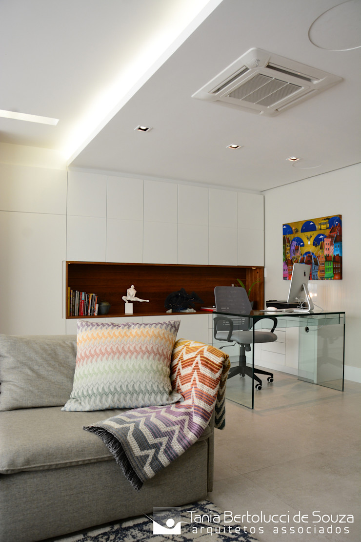 Sala de Estar e Home Office Tania Bertolucci de Souza | Arquitetos Associados Salas de estar modernas