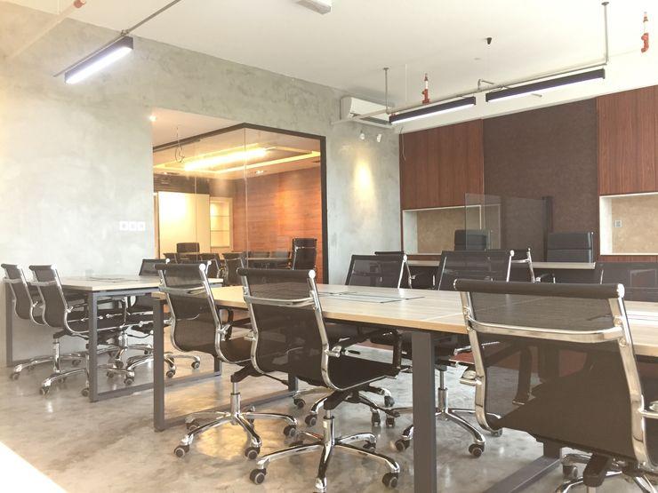 LI A'ALAF ARCHITECT Edificios de oficinas