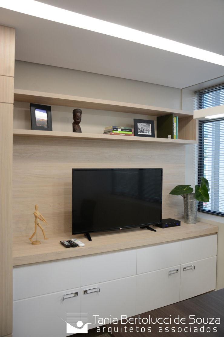 Sala de Reuniões Tania Bertolucci de Souza   Arquitetos Associados Escritórios modernos