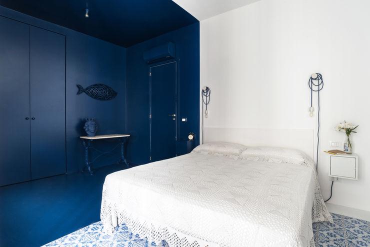 Giuseppe Iacono Architetto Mediterranean style bedroom