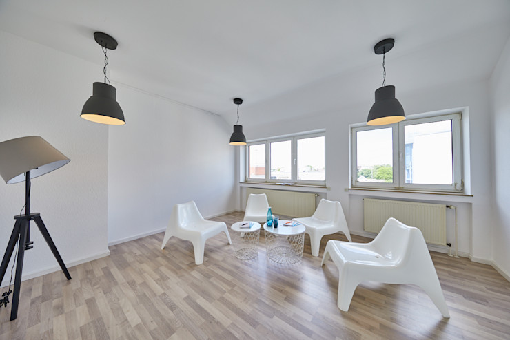 Office Staging - Besprechung - NACHHER Tschangizian Home Staging & Redesign