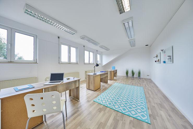 Office Staging - Büro Großraum - NACHHER Tschangizian Home Staging & Redesign