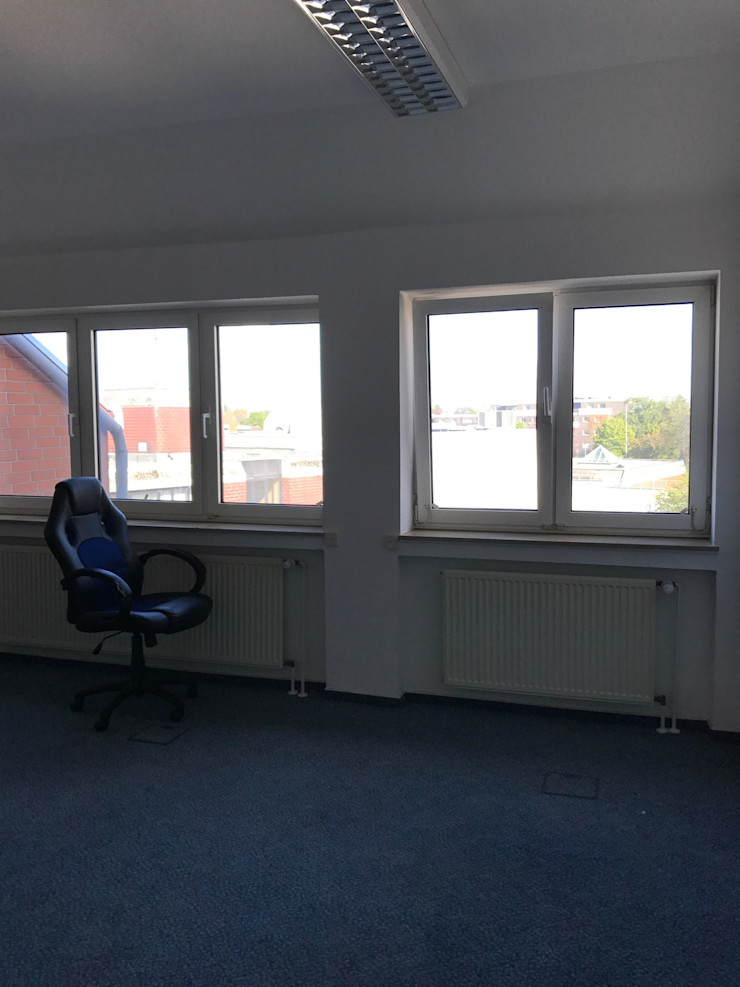 Office Staging - Büro Großraum - VORHER Tschangizian Home Staging & Redesign