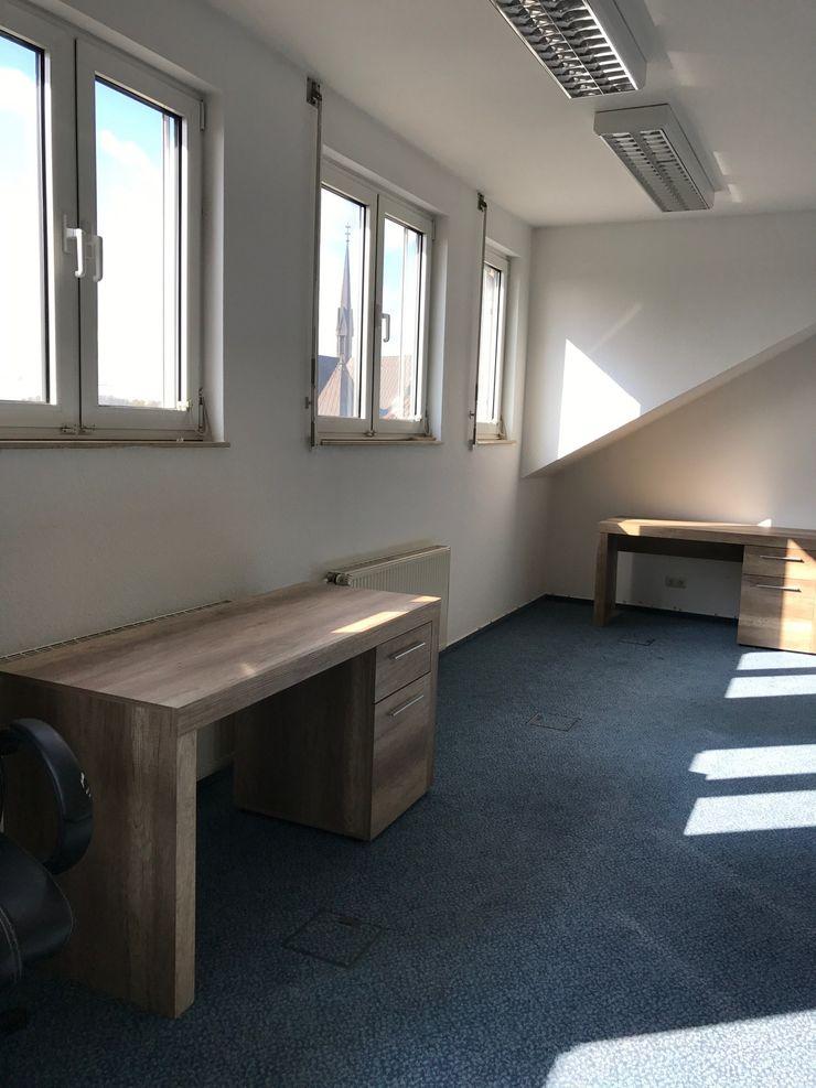 Office Staging - Büro - Großraum - VORHER Tschangizian Home Staging & Redesign