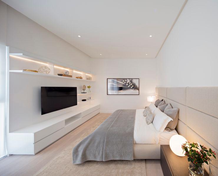 Domus Aurea GLR Arquitectos Dormitorios minimalistas Blanco