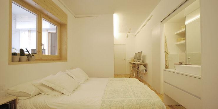 Dormitorio Principal homify Dormitorios de estilo escandinavo Madera Blanco