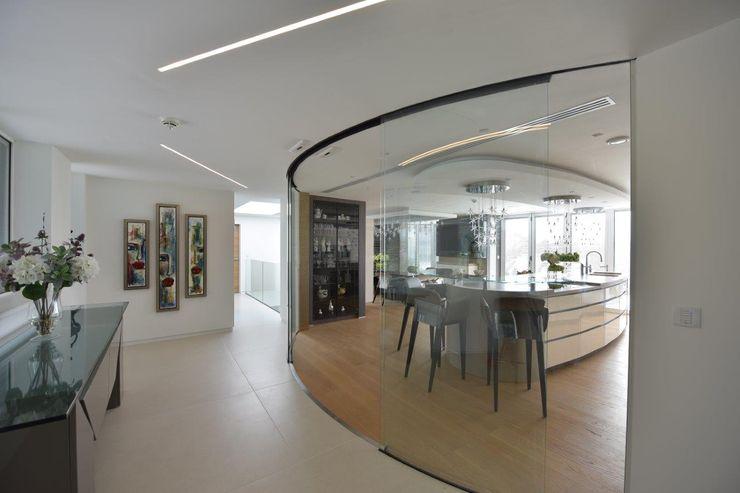 Mr & Mrs Unsworth Diane Berry Kitchens Modern corridor, hallway & stairs Beige