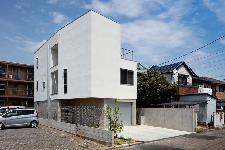 hm+architects 一級建築士事務所 Single family home Concrete White