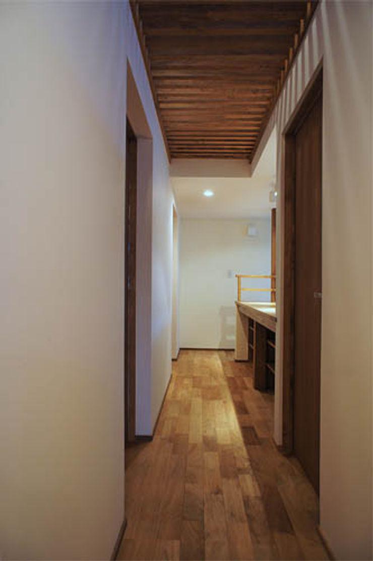 環境創作室杉 Couloir, entrée, escaliers originaux