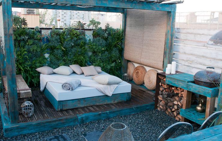 HOKUSAI Simbiosi Estudi Jardines de estilo ecléctico