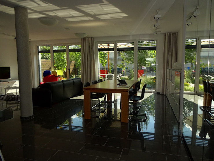 Junker Architekten Modern living room White