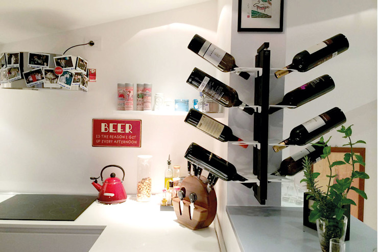 Le zie di Milano Dining roomWine racks Solid Wood Black