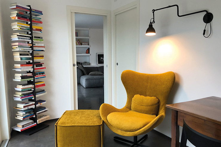 Le zie di Milano Corridor, hallway & stairs Drawers & shelves Solid Wood Black