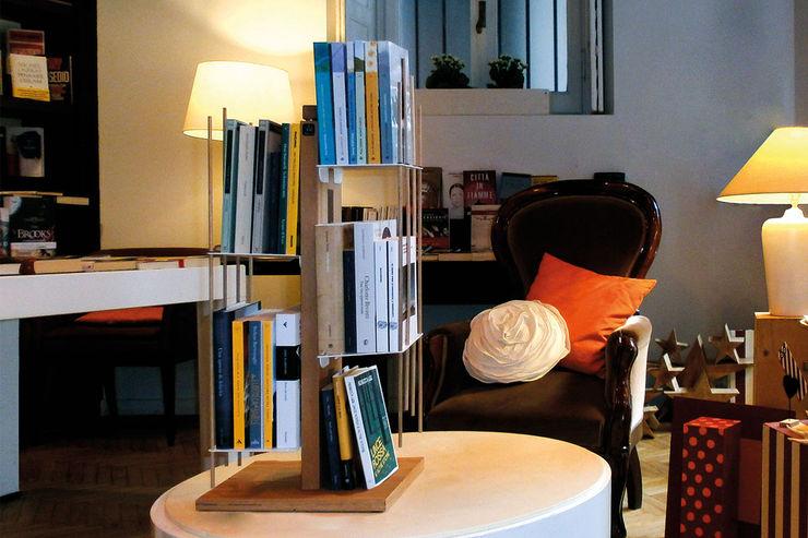 Le zie di Milano Living roomStorage Solid Wood