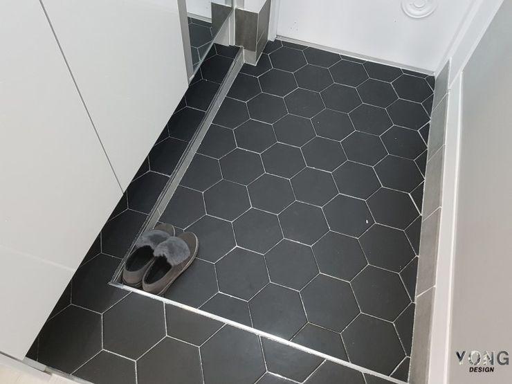 YONG DESIGN Minimalist corridor, hallway & stairs