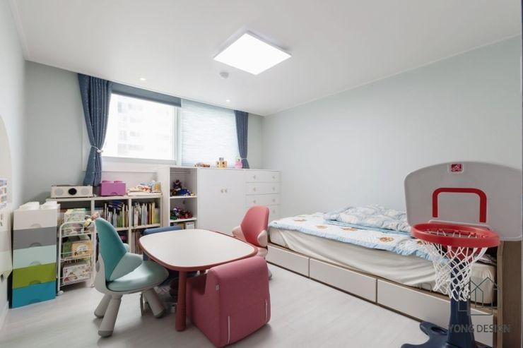 YONG DESIGN Modern media room