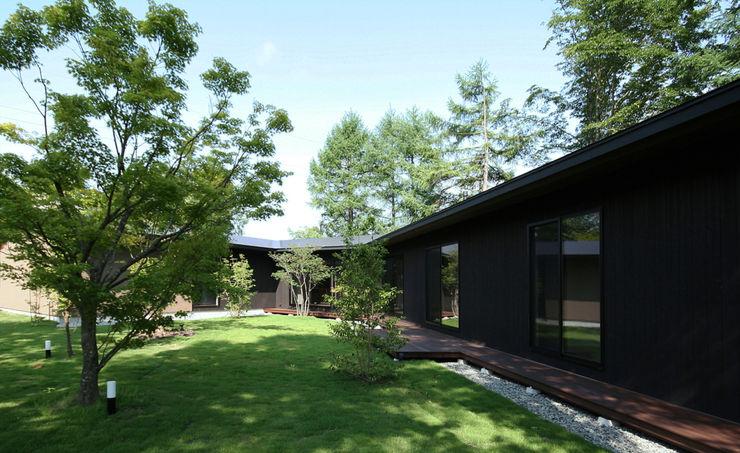 森を包む家 -軽井沢別荘- Studio tanpopo-gumi 一級建築士事務所 長屋 木 木目調
