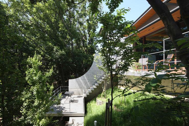 森と暮らす家 -週末住宅- Studio tanpopo-gumi 一級建築士事務所 別荘
