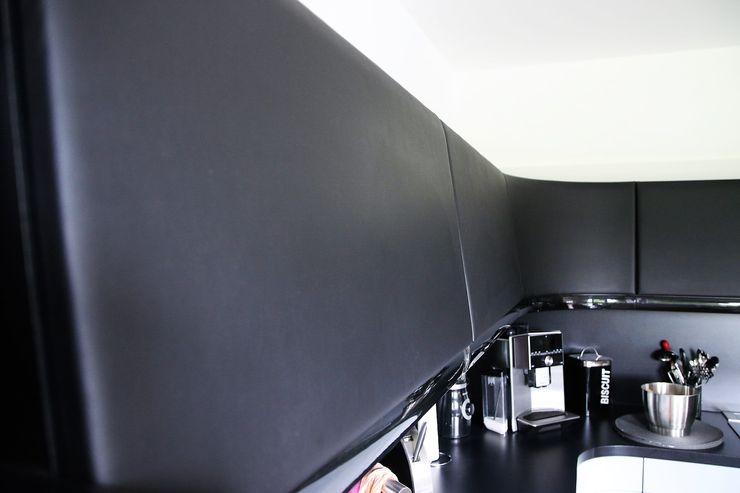 Küche inspiriert vom Passat CC higloss-design.de - Ihr Küchenhersteller Einbauküche Schwarz
