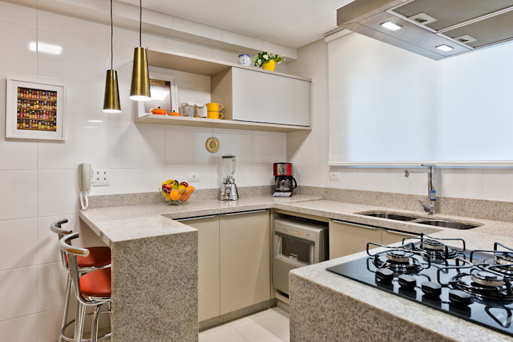 Luciana Ribeiro Arquitetura Cocinas de estilo moderno Beige