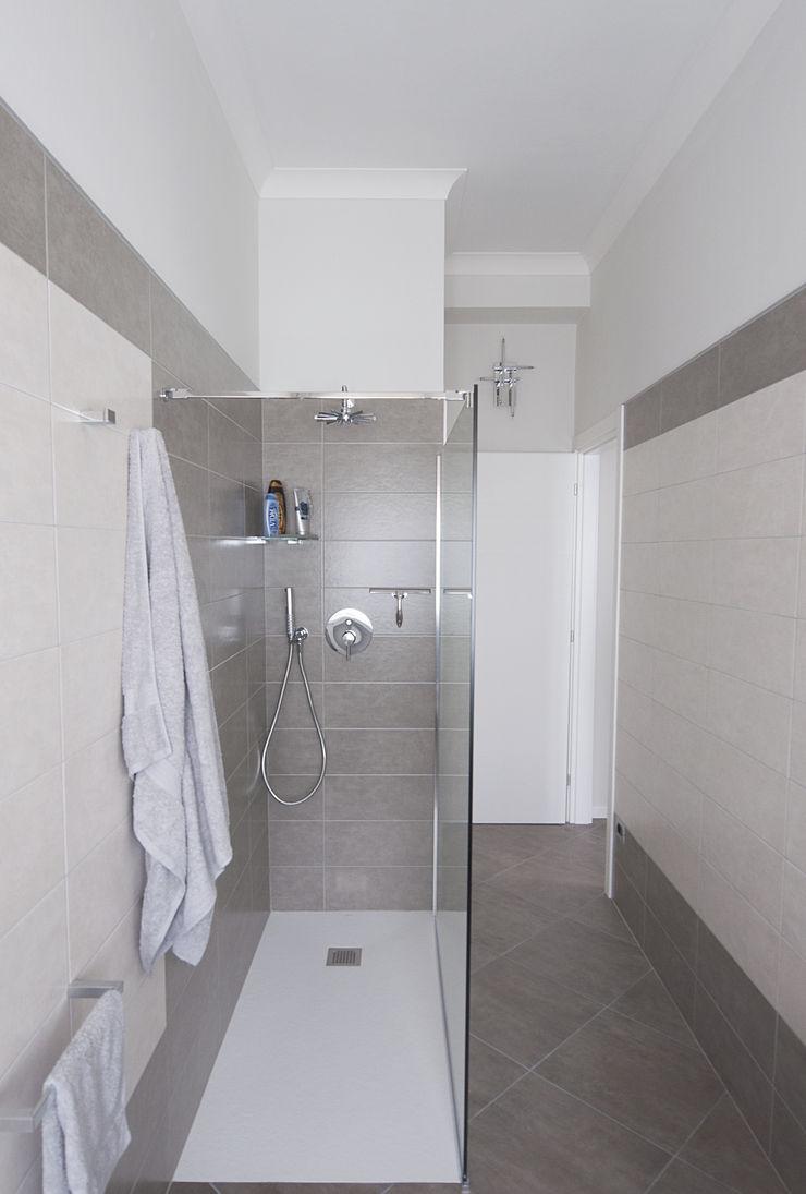Studio di Architettura IATTONI Salle de bain moderne