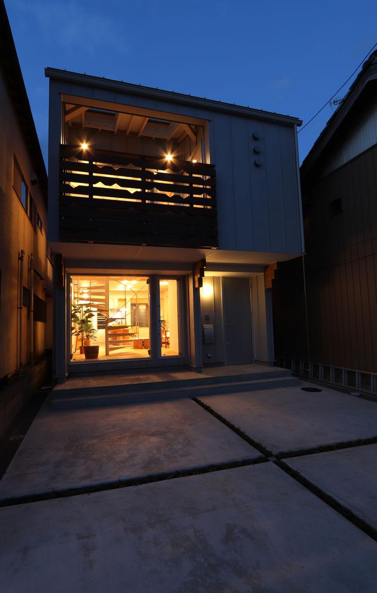遠藤浩建築設計事務所 H,ENDOH ARCHTECT & ASSOCIATES Small houses Aluminium/Zinc Grey