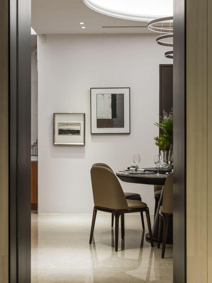 從公領域望進餐廳的角度 湘頡設計 Classic style dining room