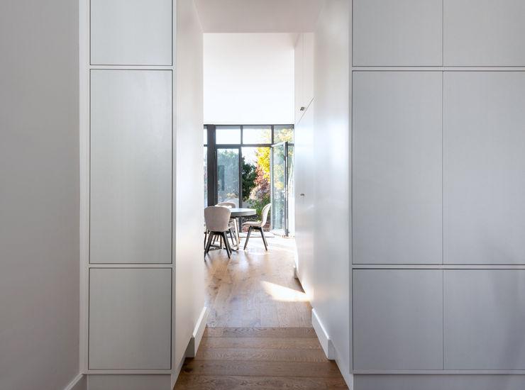 Anne Lapointe Chila Moderne Esszimmer