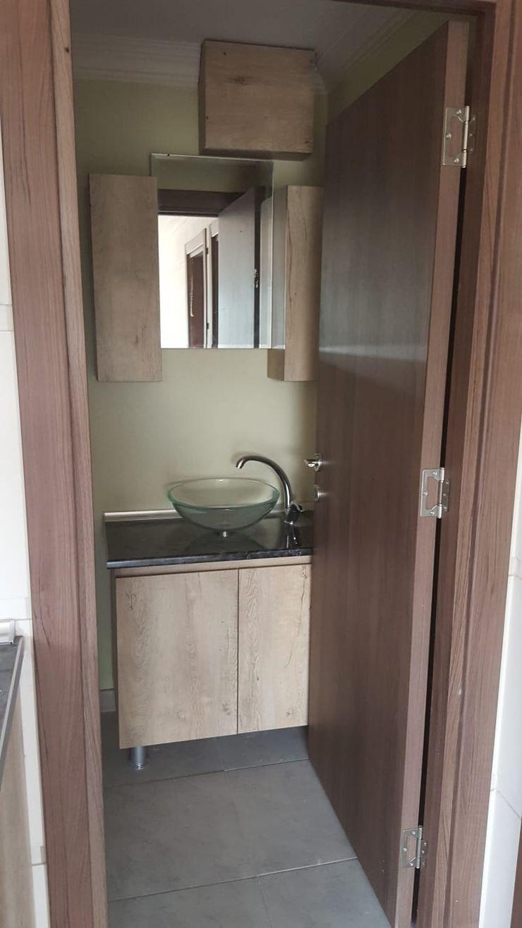 MOVİ evleri Country style bathroom