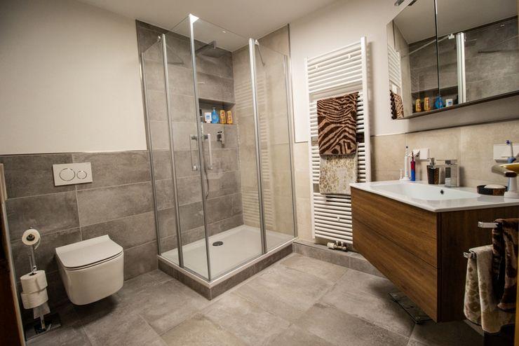 Kein Standard, sondern individuell Bad Campioni Moderne Badezimmer