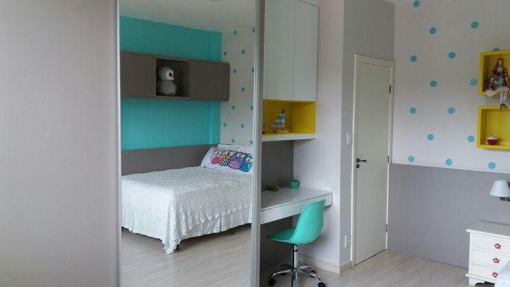 Rita Corrassa - design de interiores Nursery/kid's roomWardrobes & closets