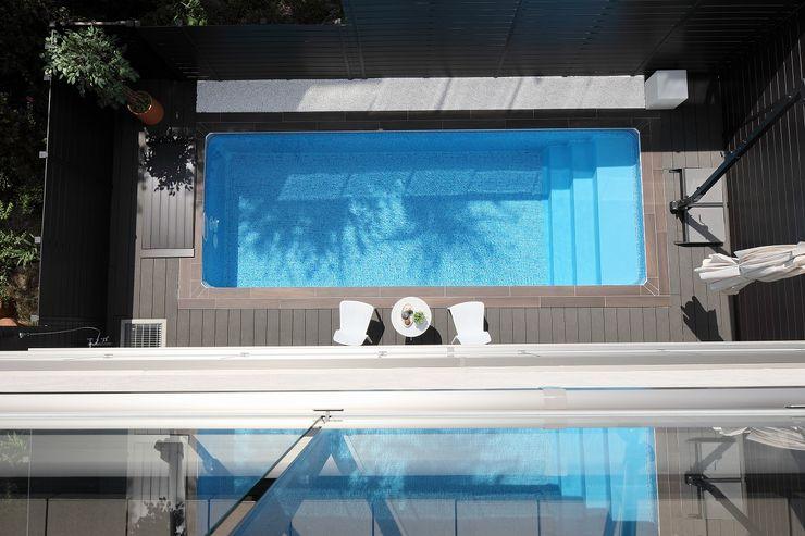 PROSPERDESIGN ARCHITECT /プロスパーデザイン Modern pool