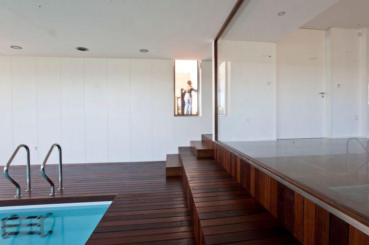 Melo & Filhos Carpintaria Modern Pool