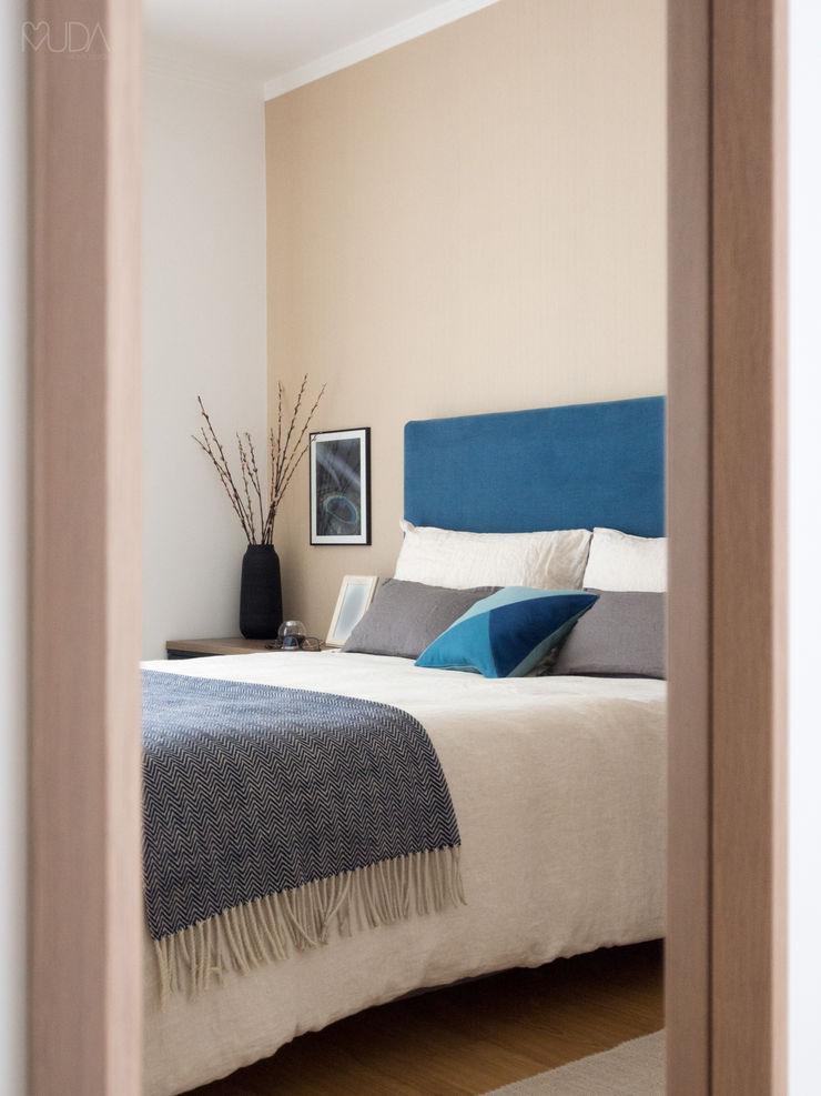 MUDA Home Design Modern style bedroom
