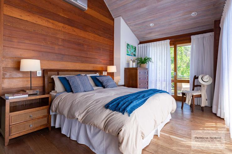 Patrícia Nobre - Arquitetura de Interiores Tropical style bedroom