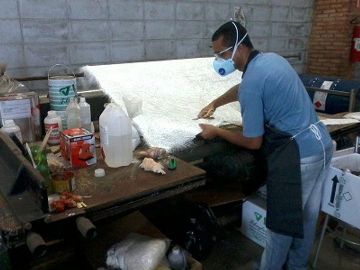 cqp cursos e consultoria Rustic style living room Marble White