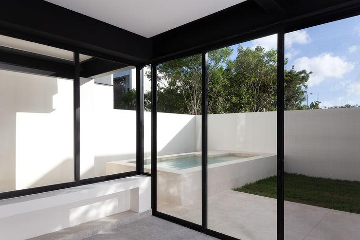 Daniel Cota Arquitectura | Despacho de arquitectos | Cancún Garden Pool Concrete Beige