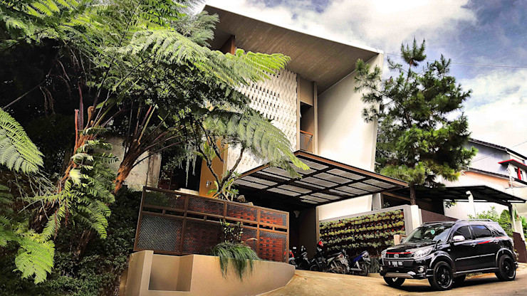 Mandalananta Studio Single family home Bricks Multicolored