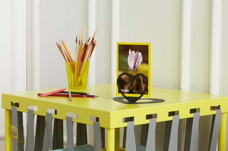 Tavolino GLAM giallo girasole e Portafoto LOVELY nero caffè Mipiacemolto CasaAccessori & Decorazioni Metallo