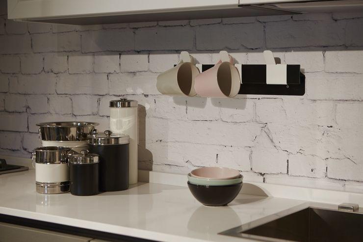 THUMB che diventa un porta tazze in cucina Mipiacemolto CasaAccessori & Decorazioni Metallo