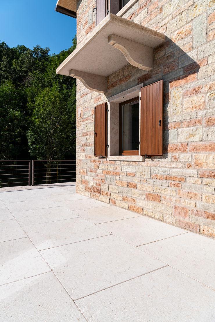 Quintarelli Pietre e Marmi Srl Floors Stone White