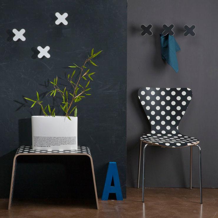 Creativando Srl - vendita on line oggetti design e complementi d'arredo 走廊 & 玄關 MDF Black