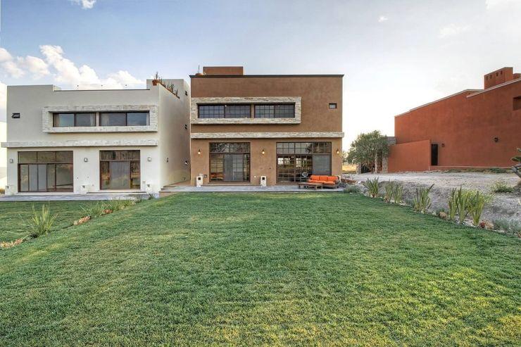 Gran espacio VillaSi Construcciones Jardines modernos