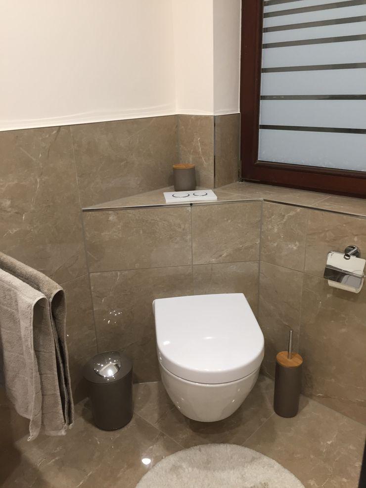 modernes Bad im Marmor Stil LifeStyle Bäderstudio Mediterrane Badezimmer