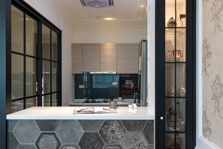 對話 松泰室內裝修設計工程有限公司 系統廚具 Black