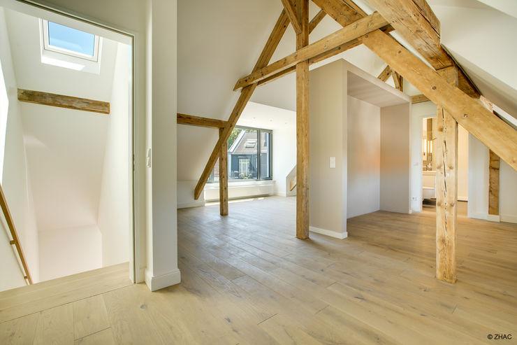 Gründerzeithaus A ZHAC / Zweering Helmus Architektur+Consulting Dach