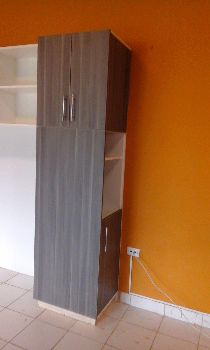 ARDI Arquitectura y servicios Modern Kitchen Chipboard White