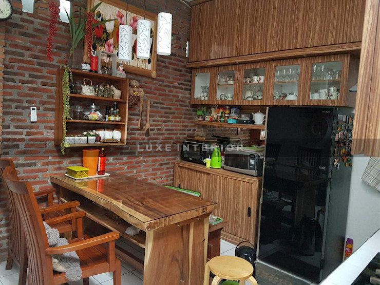 kitchen luxe interior KitchenCabinets & shelves Kayu Wood effect
