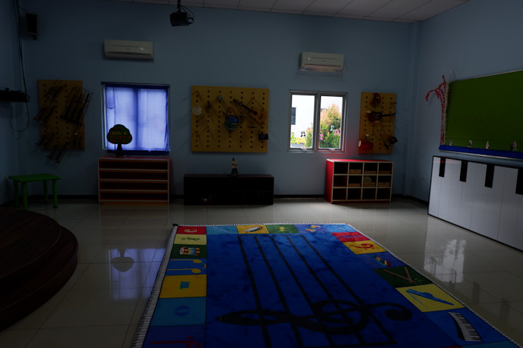 Tatami design Schools